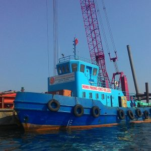18.-Tug-boat-1000-CV-for-towing-equipment